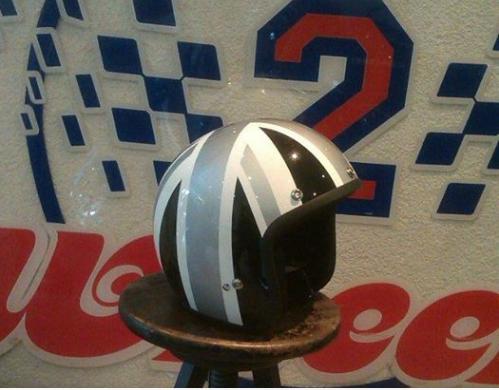 silver black lid